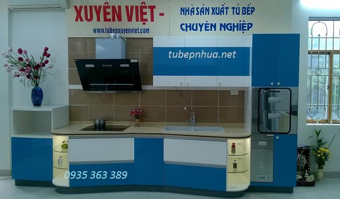 Mẫu tủ bếp nhựa cao cấp tại showroom 176 đường Láng (Đầu ngã tư Sở)